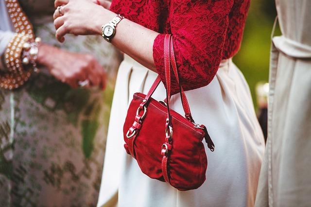 Menší znamená větší aneb minikabelky přicházejí do módy