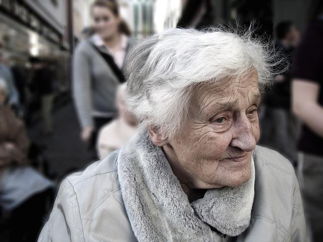 I starší občané mají právo na šťastný domov