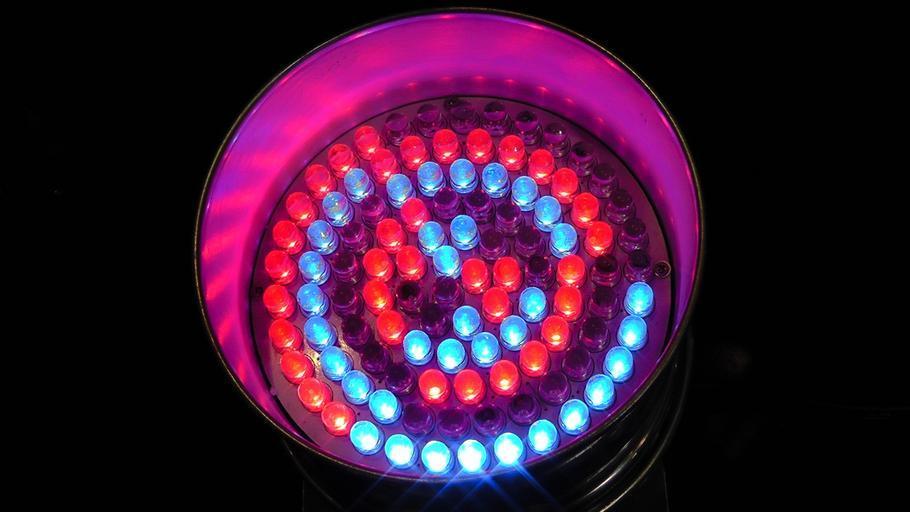 barevné LED